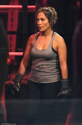 Jennifer Lopez Appears as a Boxer