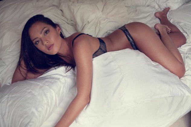 Meed Muay Thai Model Mia Kang