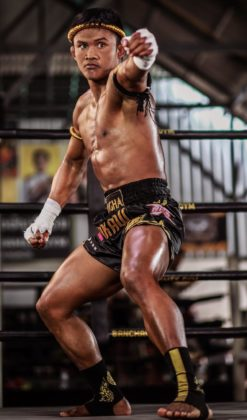Muaythai fighter Buakaw Banchamek performs Wai Khru