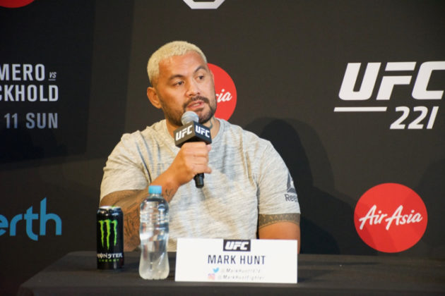 Mark Hunt at UFC 221 press conference