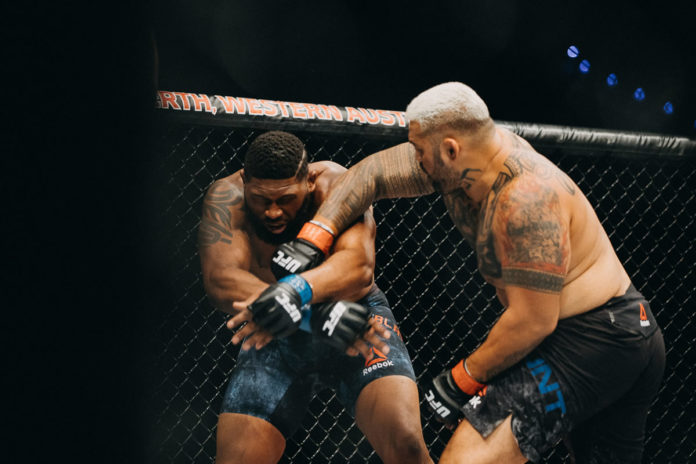 Mark Hunt faces Alexey Oleynik at UFC Fight Night Moscow