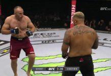 Aleksei Oleinik defeats Mark Hunt at UFC Moscow Fight Night