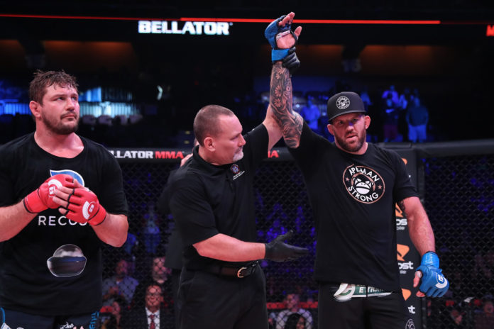 Ryan Bader defeats Matt Mitrione at Bellator 207