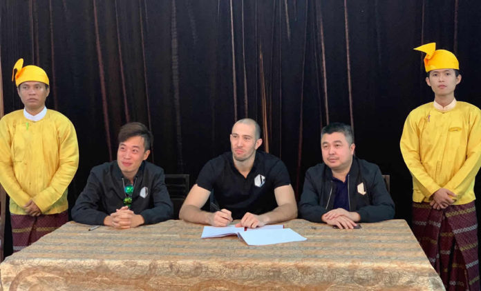 Dave Leduc signs with World Lethwei Championship