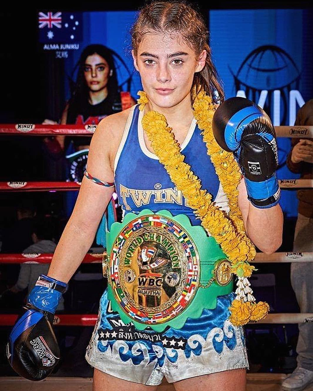 Alma Juniku WBC Super Flyweight champion