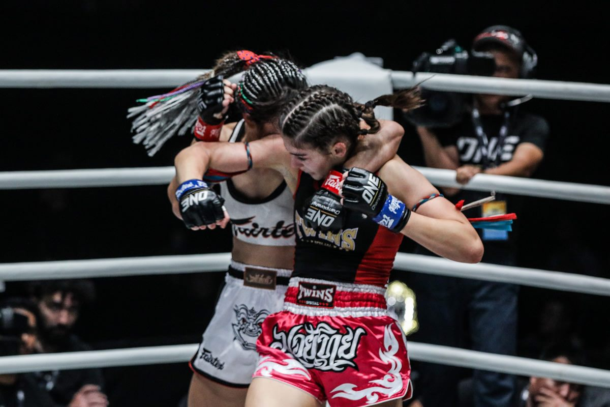 Alma Juniku and Stamp Fairtex battle it out in the main event of ONE Legendary Quest