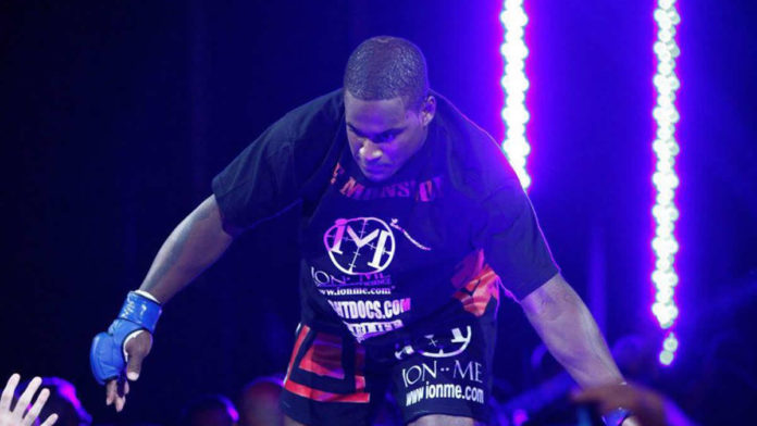 Lorenz Larkin faces Andrey Koreshkov at Bellator 229