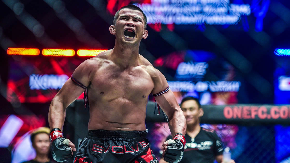Nong-O defends Muay Thai title against Brice Delval