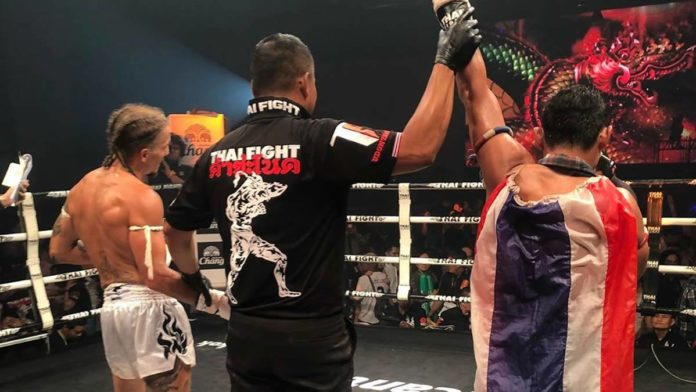 Saenchai defeats Cem Deniz at Thai Fight Kham Chanod
