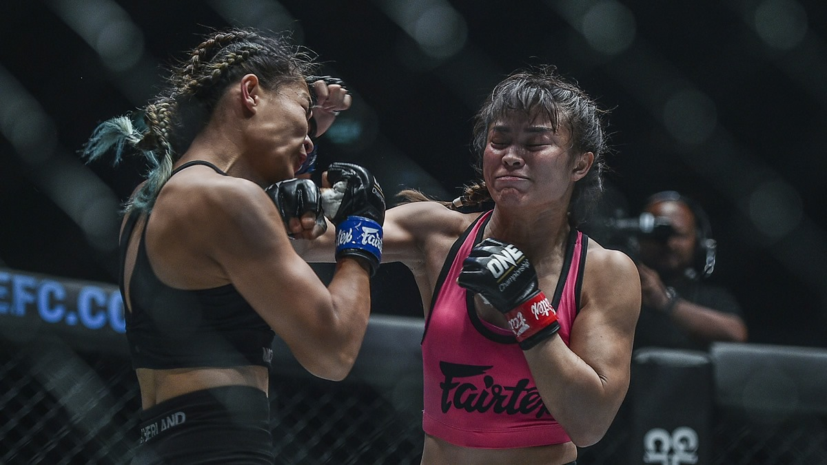 Stamp Fairtex scores second win in MMA