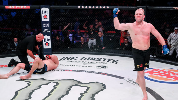 Sergei Kharitonov contre Linton Vassell titre Bellator 234