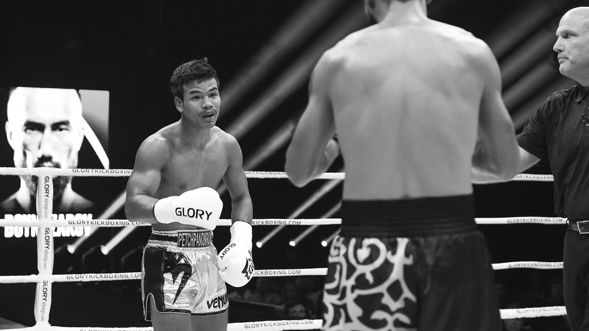 GLORY 72: Petchpanomrung faces Ulianov in rematch