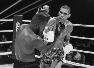 Alex Pereira defends GLORY Kickboxing Middleweight title against Ertugrul Bayrak
