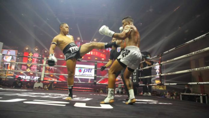 Saenchai push kick