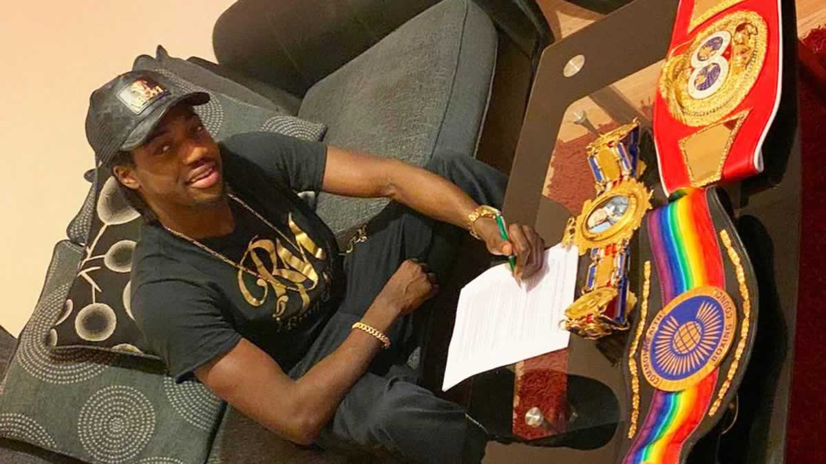 Akeem Ennis-Brown extends contract with MTK Global