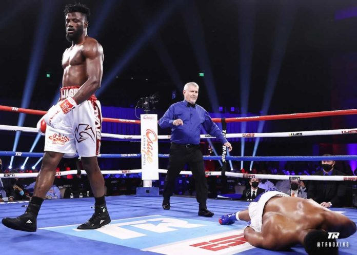 Efe Ajagba knock out Brian Howard