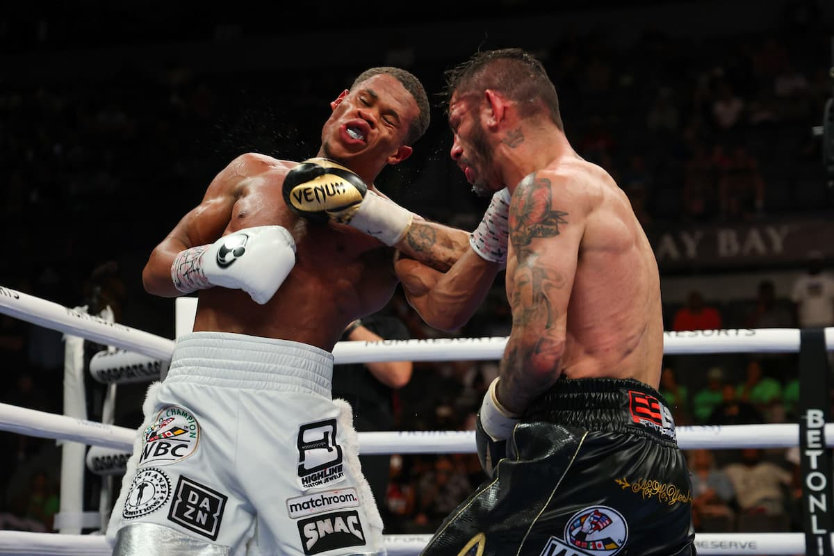Best Shots: Devin Haney retains title after 12-round war with Jorge Linares