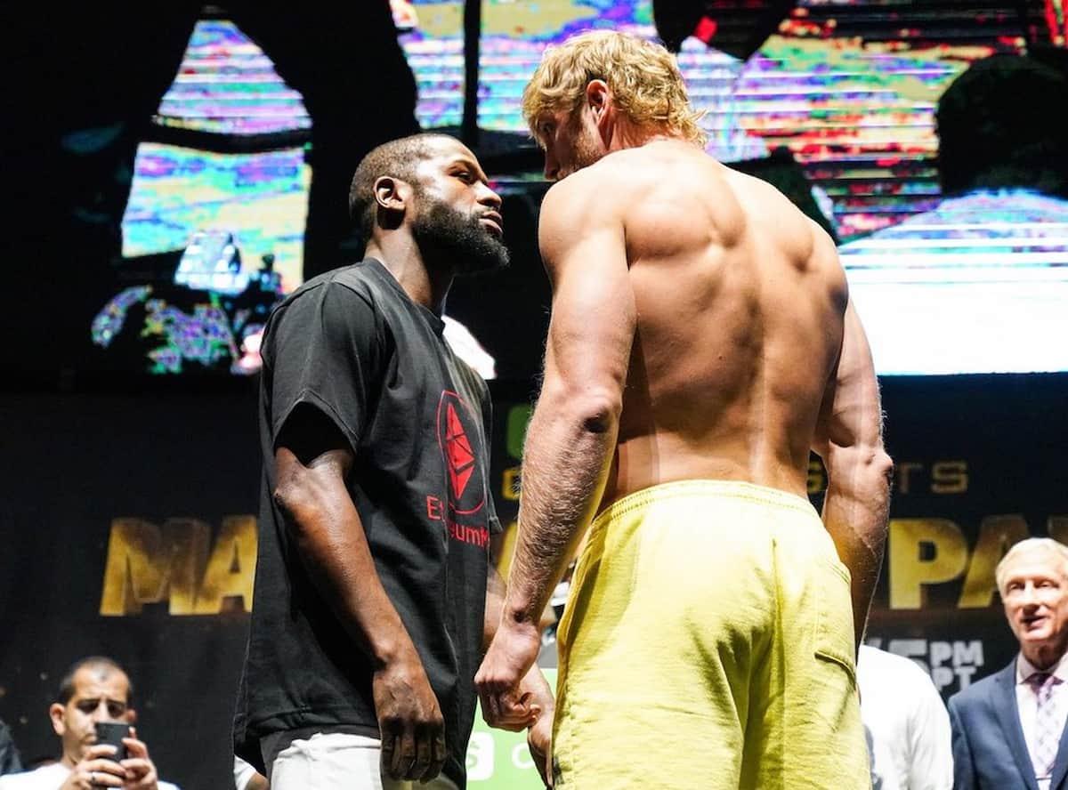 Floyd Mayweather vs Logan Paul faceoff