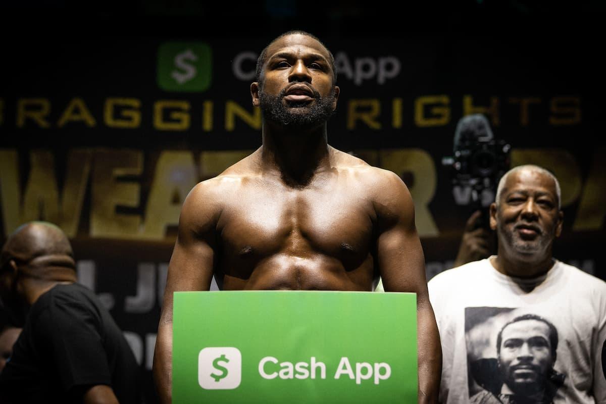 Floyd Mayweather weighs-in