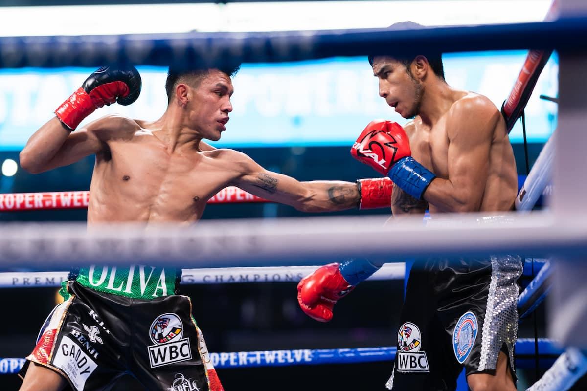 Miguel Flores tops Charlo vs Montiel non-televised undercard