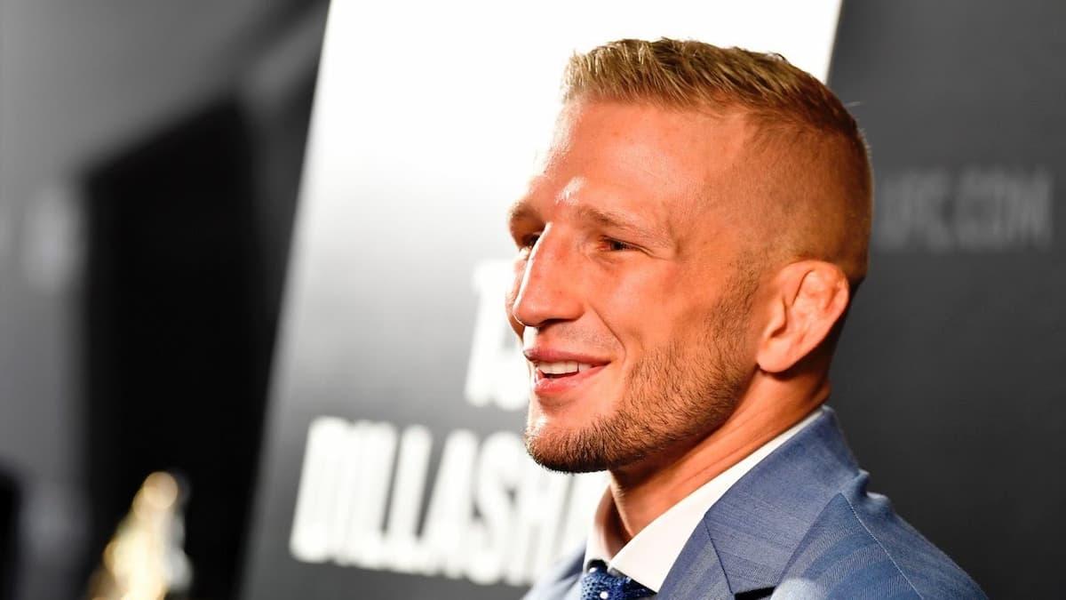 UFC Vegas 32 post-fight press conference live stream video
