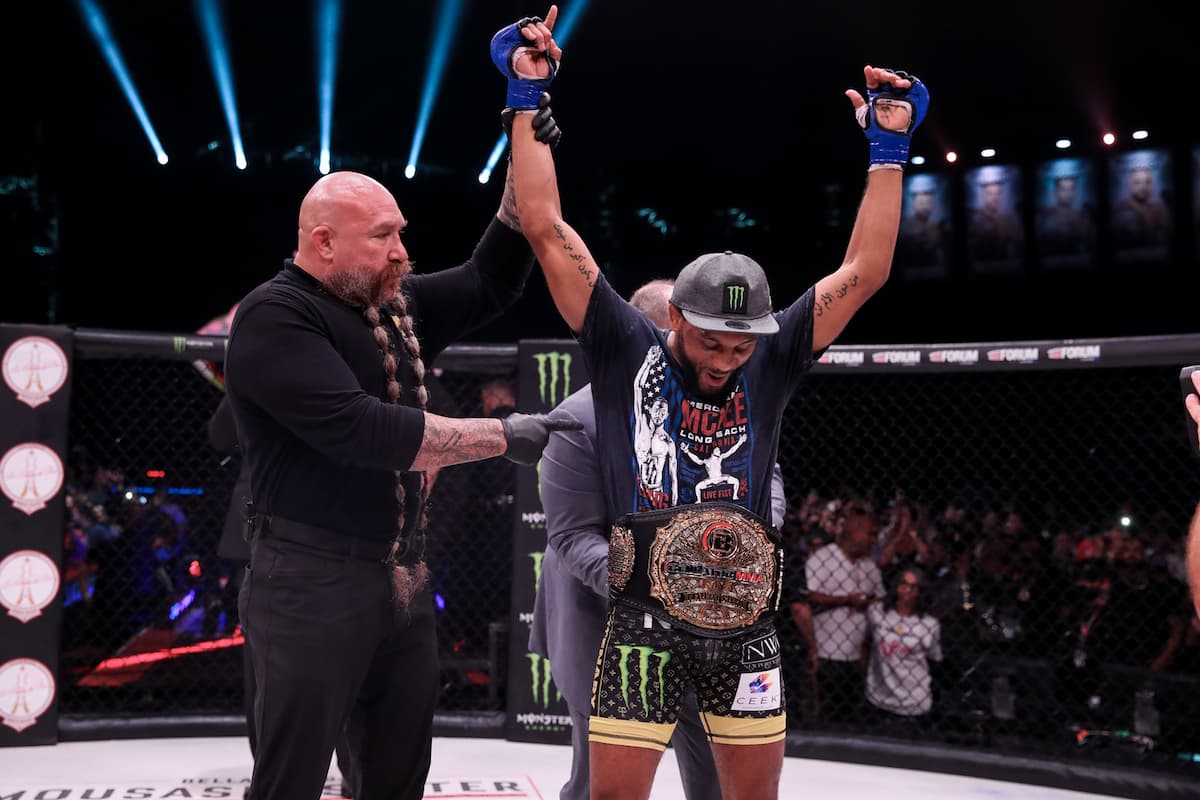 AJ McKee lifts featherweight title