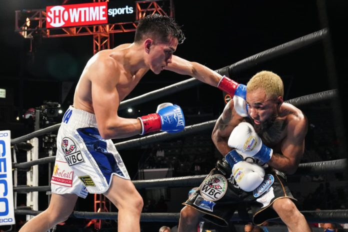 Brandon Figueroa dominates Luis Nery