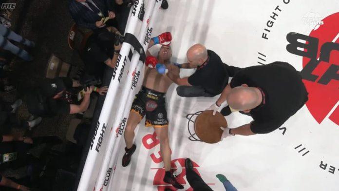 Anderson Silva knocks out Tito Ortiz